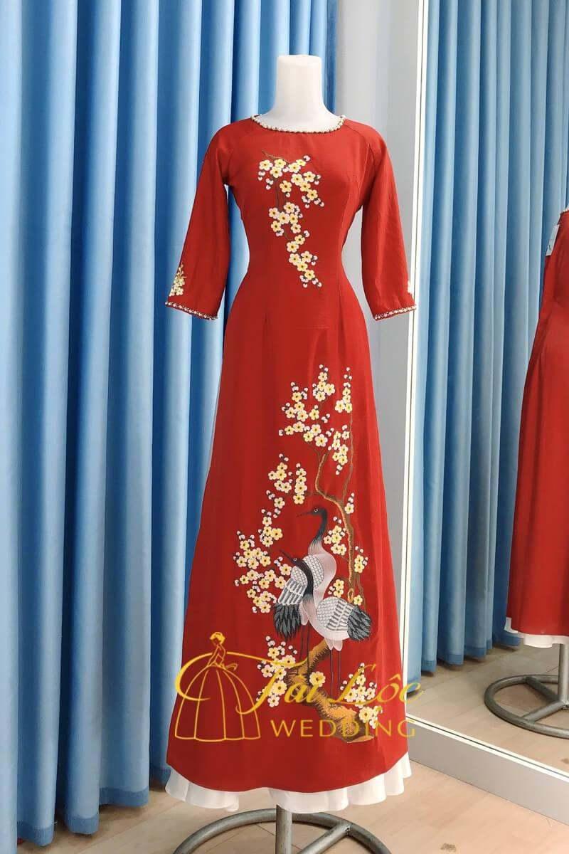Áo Dài Bà Sui Màu Đỏ Thêu Hoa Mai Chim Hạc