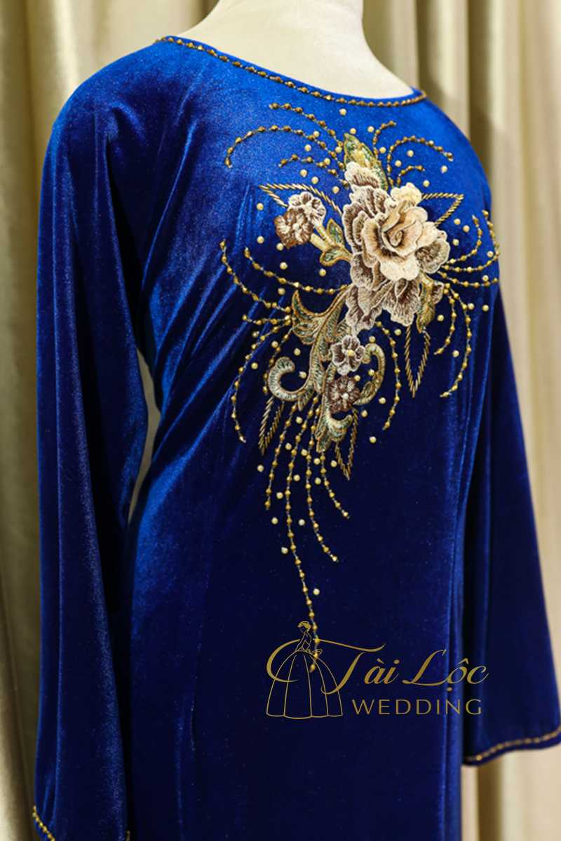 Áo Dài Bà Sui Màu Xanh Vải Nhung Hoa Vàng