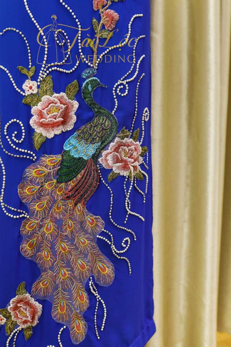 Áo Dài Bà Sui Màu Xanh Chim Công