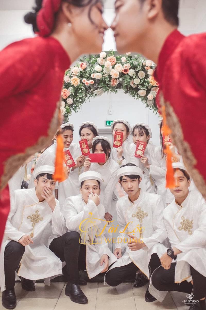 Nên chọn áo dài cưới màu gì cho lễ dạm ngõ và lễ cưới ?