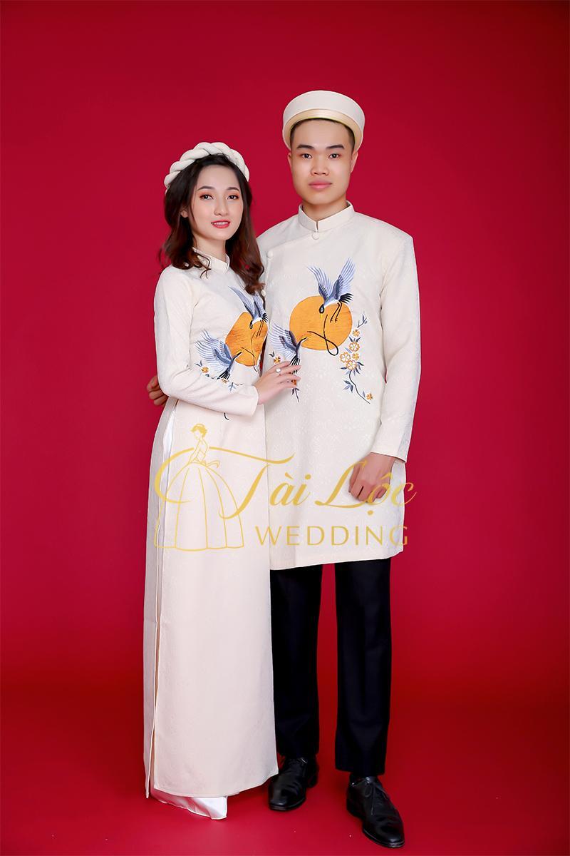 Áo dài cưới màu kem