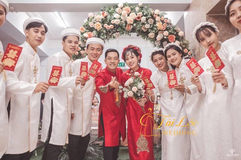 Áo dài đám cưới màu đỏ