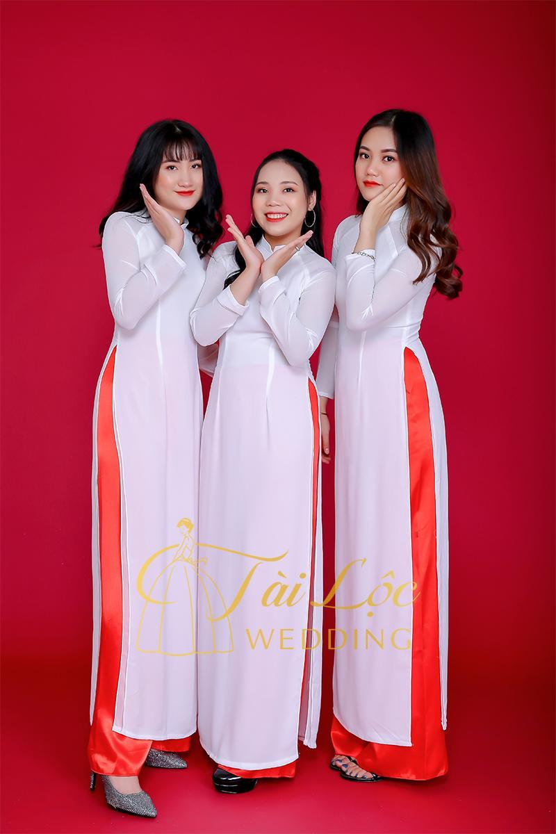Cho thuê áo dài trắng