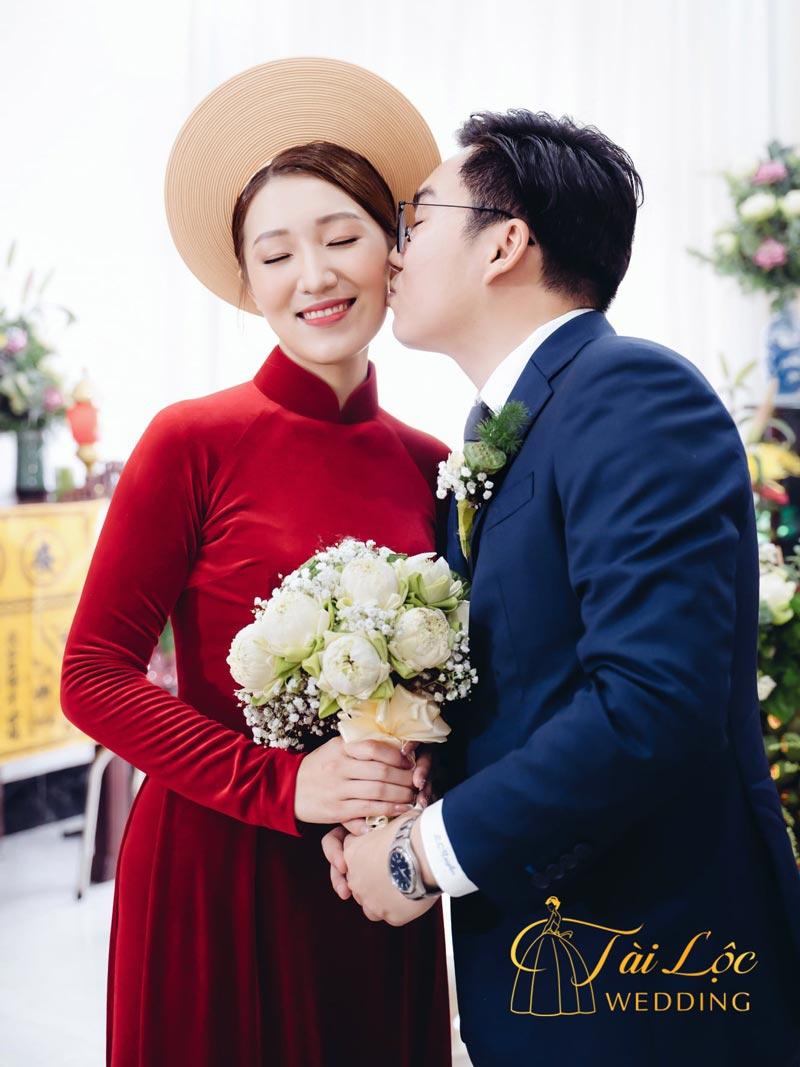 Vest cưới chú rể màu xanh đen
