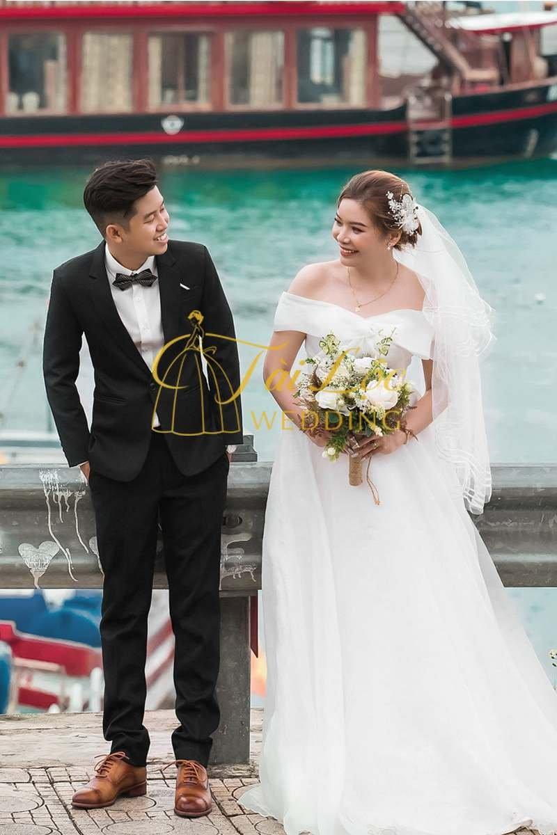 Vest cưới chú rể màu đen